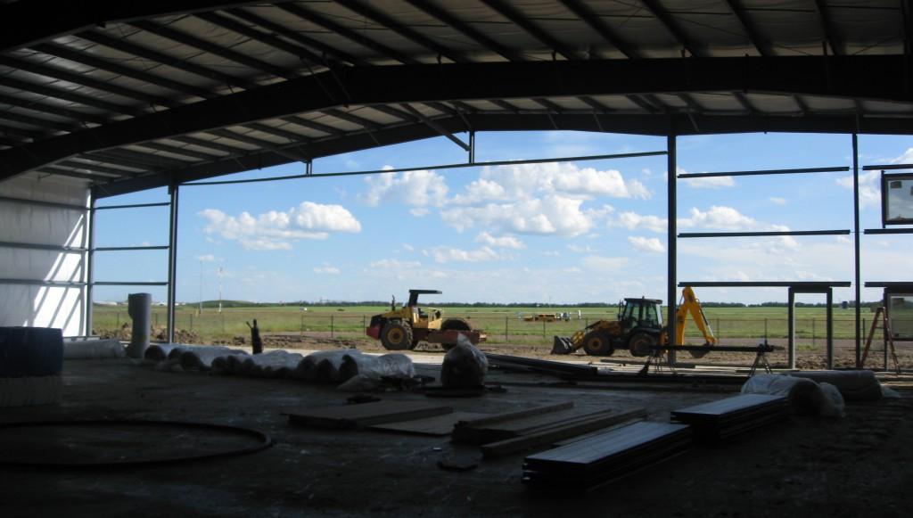 Hanger Building - Ferro Building System