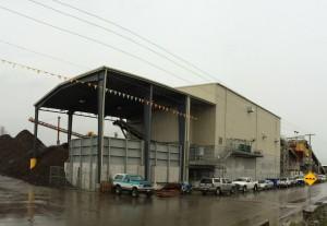 Pre-engineered metal factory building
