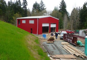 Pre-fabricated metal warehouse building